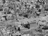 """Luftkrieg und """"Heimatfront"""" - Kriegserleben in der NS-Gesellschaft in Kiel 1939 - 1945"""