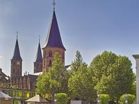 Rund um die Stiftskirche - das alte Zentrum der Stadt neu erleben!